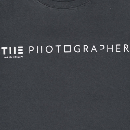 THE T-SHIRT ''THE PHOTOGRAPHER ''