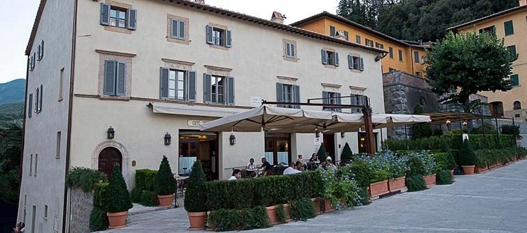 Il Tiglio di Piazza I Tuscany