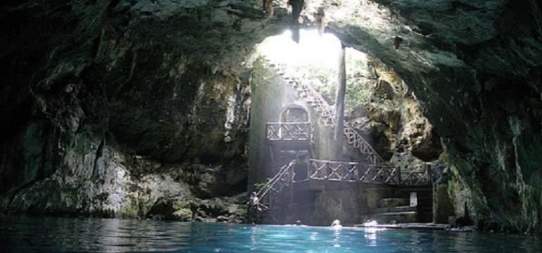 Cuzama cenotes [cave swimming]