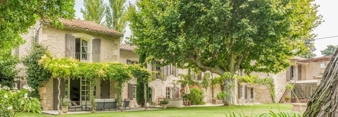 THE VILLA MAS de REVES  FRANCE. Saint-Remy-de-Provence